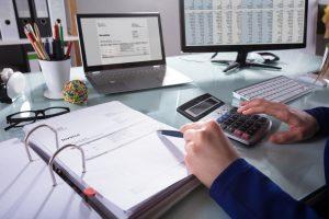 How do I write an invoice?